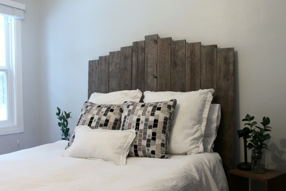 design sponge headboard lately project diy barnwood weathered salvaged wood